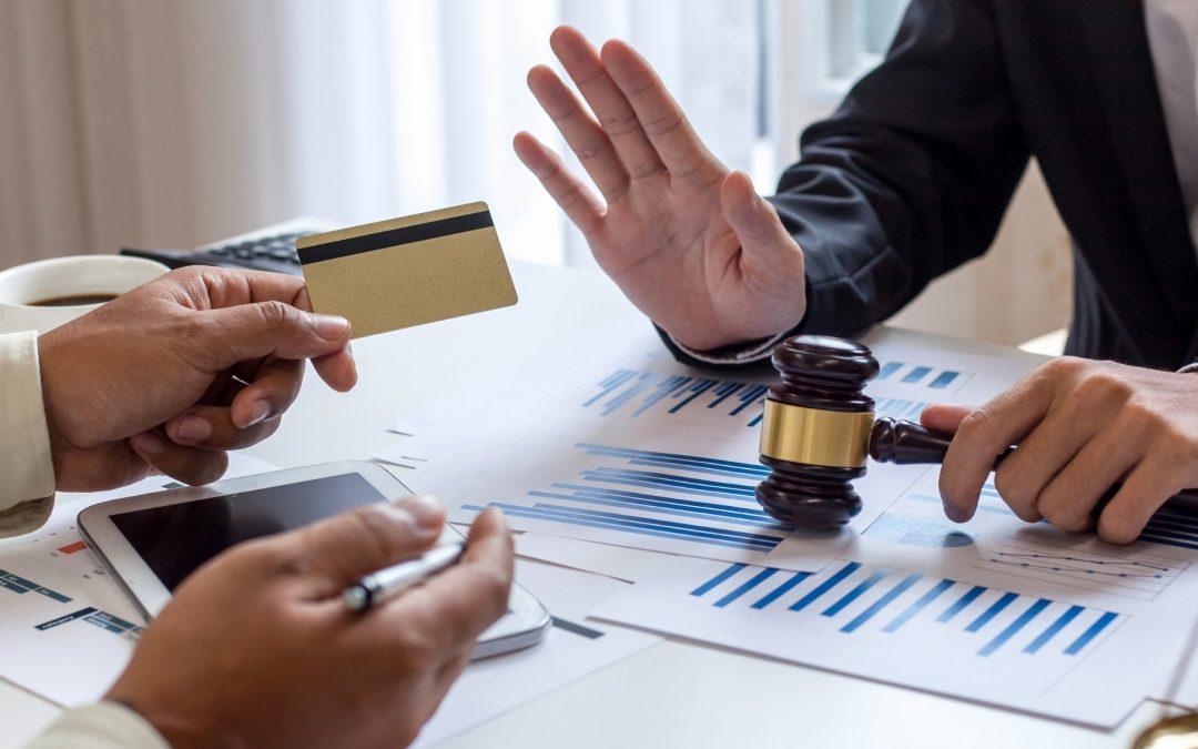 Cómo reclamar tarjetas revolving: recupera el dinero pagado en intereses abusivos
